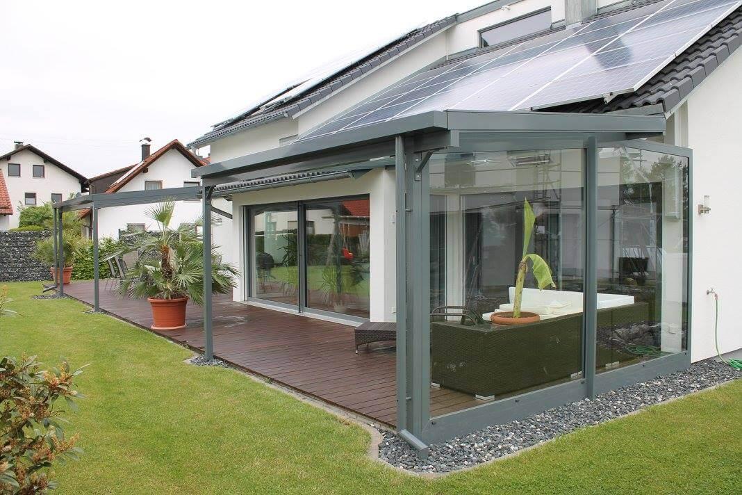 Terrassenüberdachung mit Seitenteil