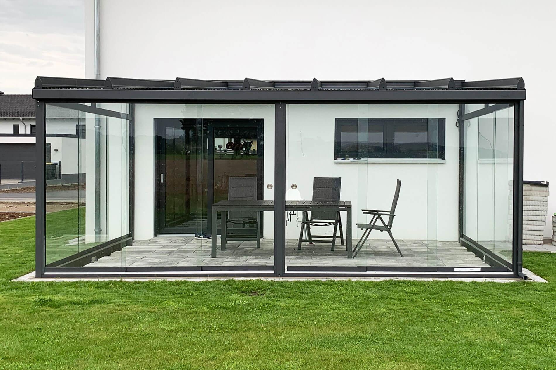 Terrassendach-Ganzglasanlage